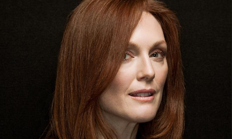 Julianne-Moore-011