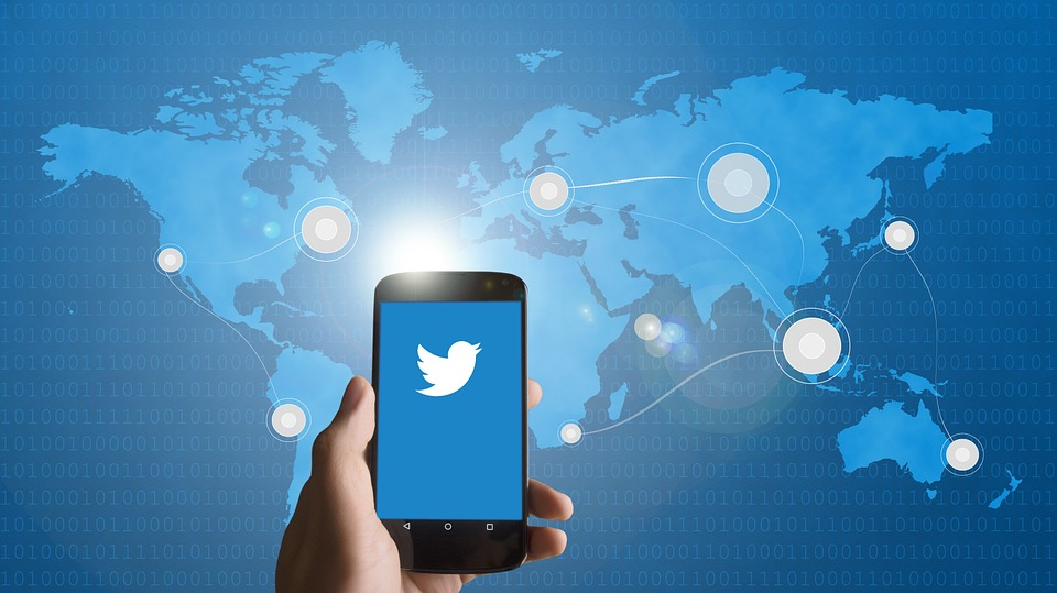 Twitter will share Ad Revenues with Video Creators